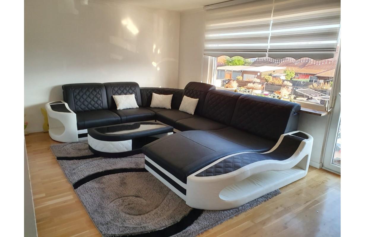 Canapé en cuir italien avec éclairage LED et port USB