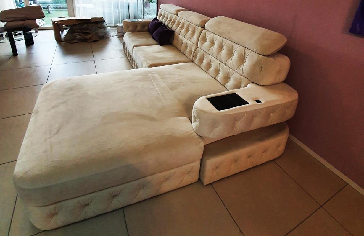 Canapé en tissu premium avec éclairage LED et port USB