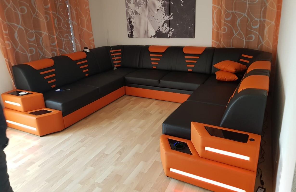 Grand canapé en U noir/orange avec port USB et refroidisseur de boisson